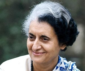 essay on indira gandhi in hindi essay on gandhi jayanti in english
