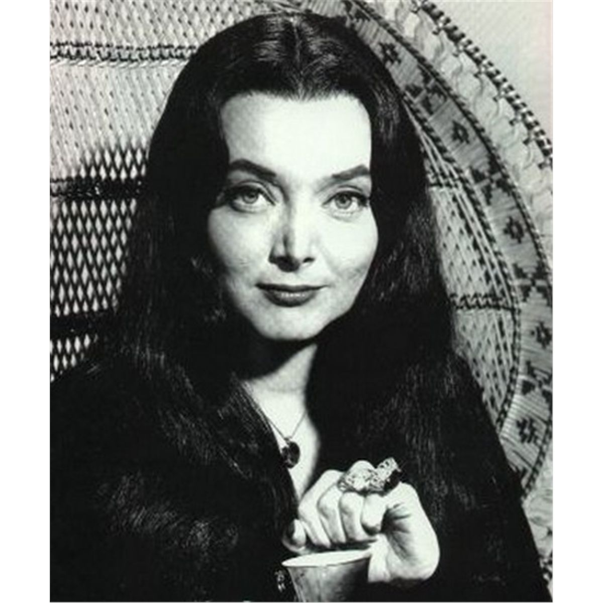 photo Carolyn Jones born April 28, 1930 (age 88)