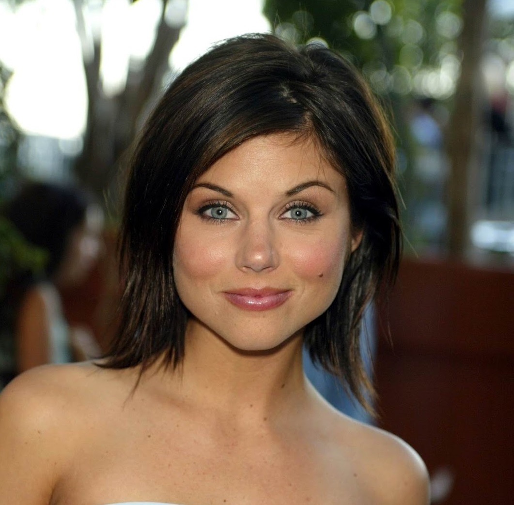 Tiffani-Amber Thiessen Nude Photos 14