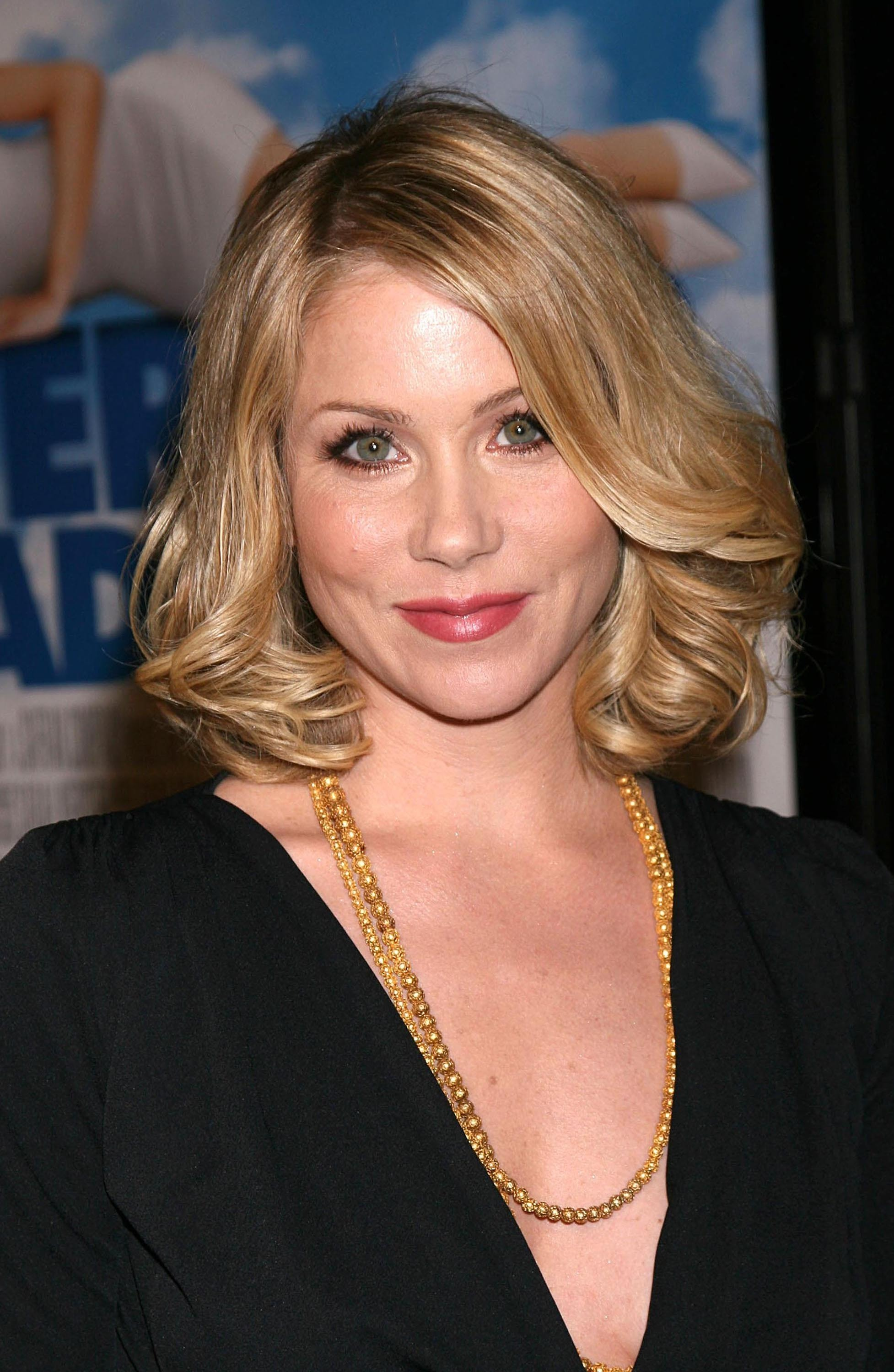 Christina Applegate born November 25, 1971 (age 46) Christina Applegate born November 25, 1971 (age 46) new foto